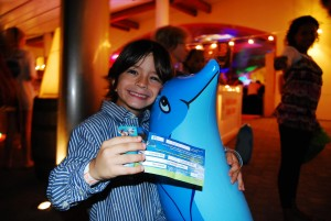 Taste of Cayman Dolphin Discovery Lover