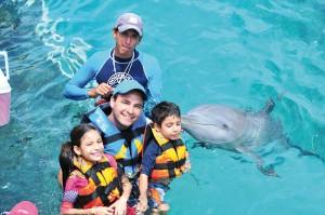 5-vivian-santiago-y-eusevio-llarena-francisco-lecuona-delfin-miranda